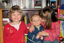 Hannah, Eva, Abbye in Oct 2007 - 2